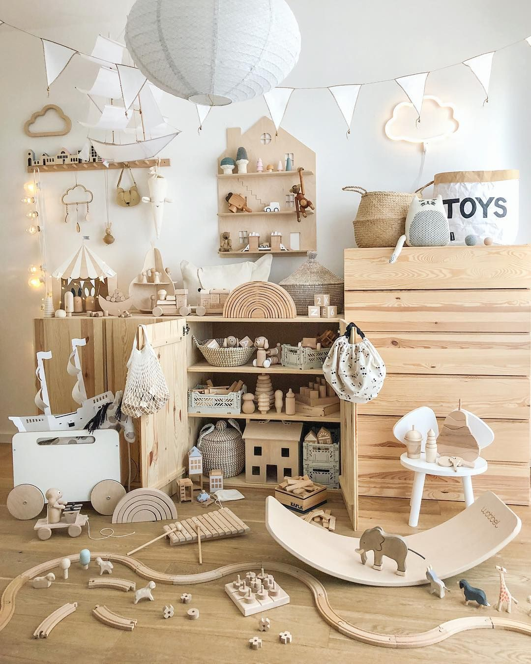 Olli Ella Holdie House In This Whimsical Kids Playroom | Decco