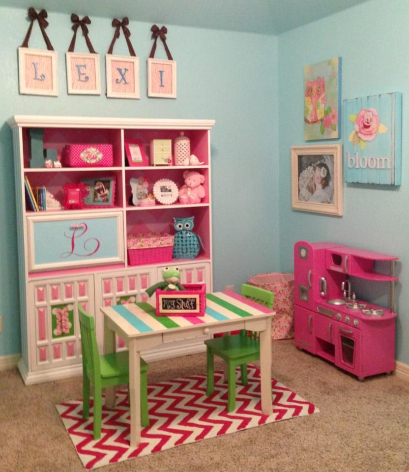 Cute Color Scheme For A Little Girl's Bedroom Also A Great Playroom