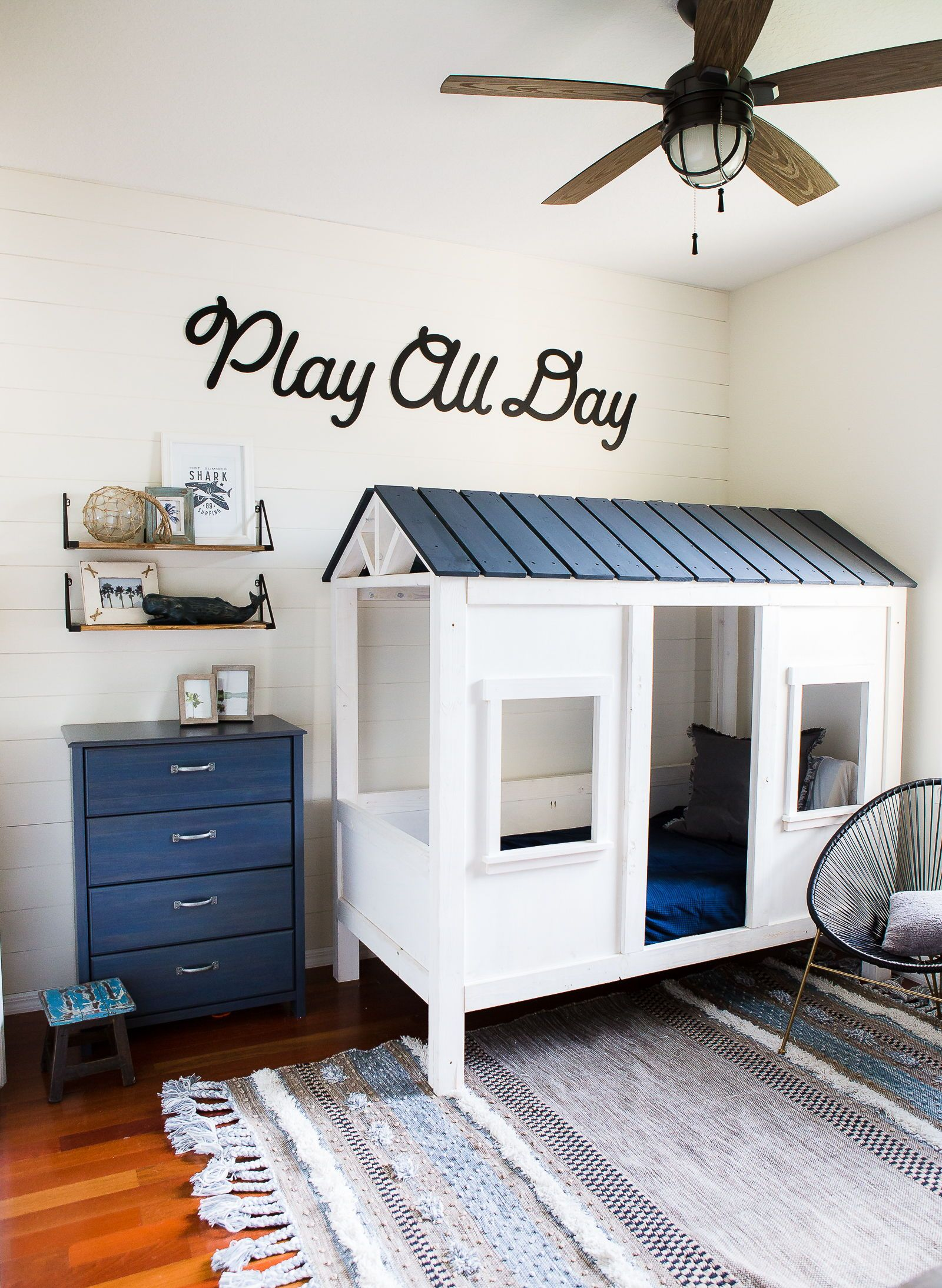 """Playroom Wall Sign, Kids Bedroom Artwork """"play All Day"""" Cute"""