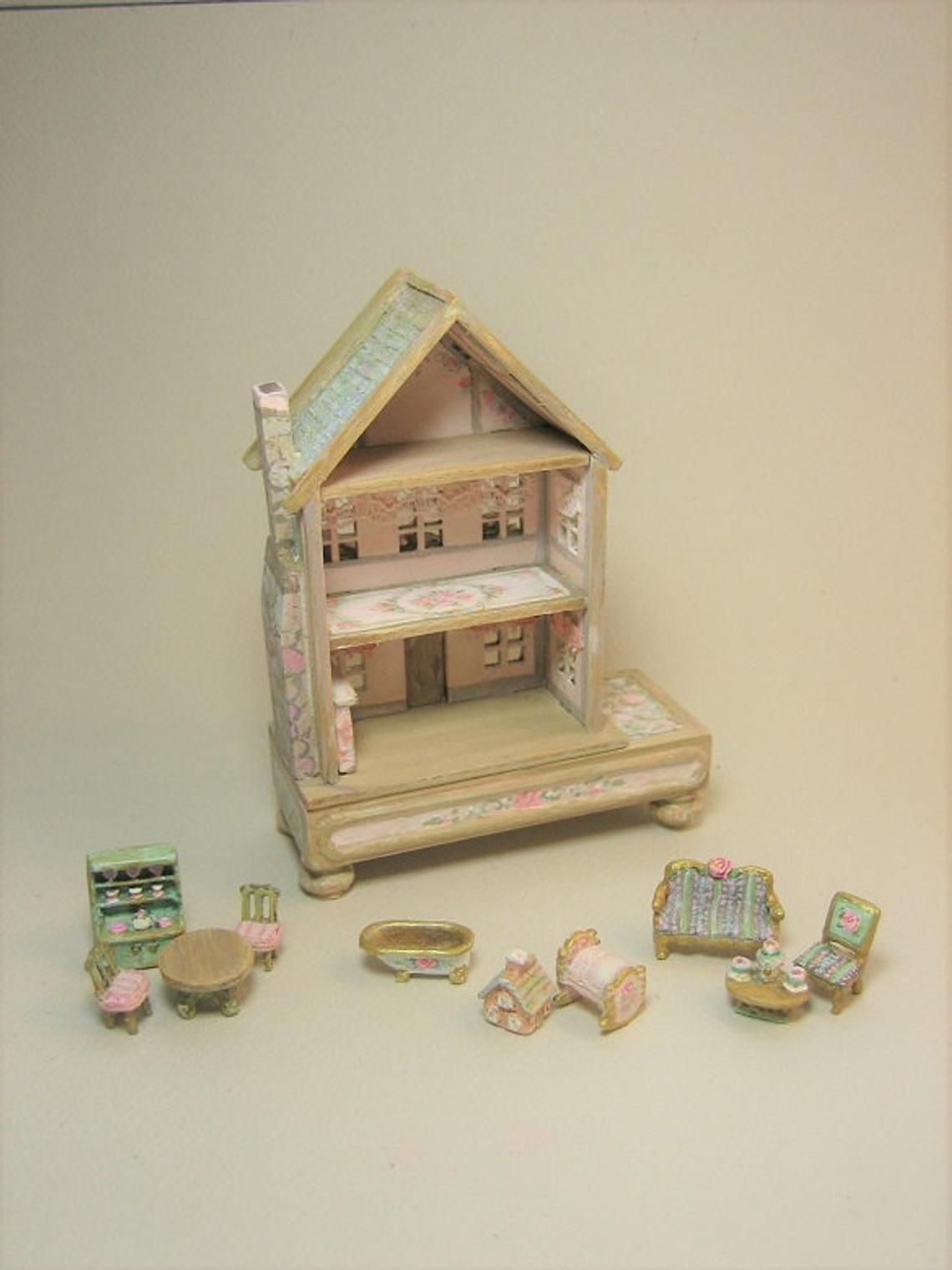 Last One Doll's Dollhouse Cottage Playroom Toy 144 |