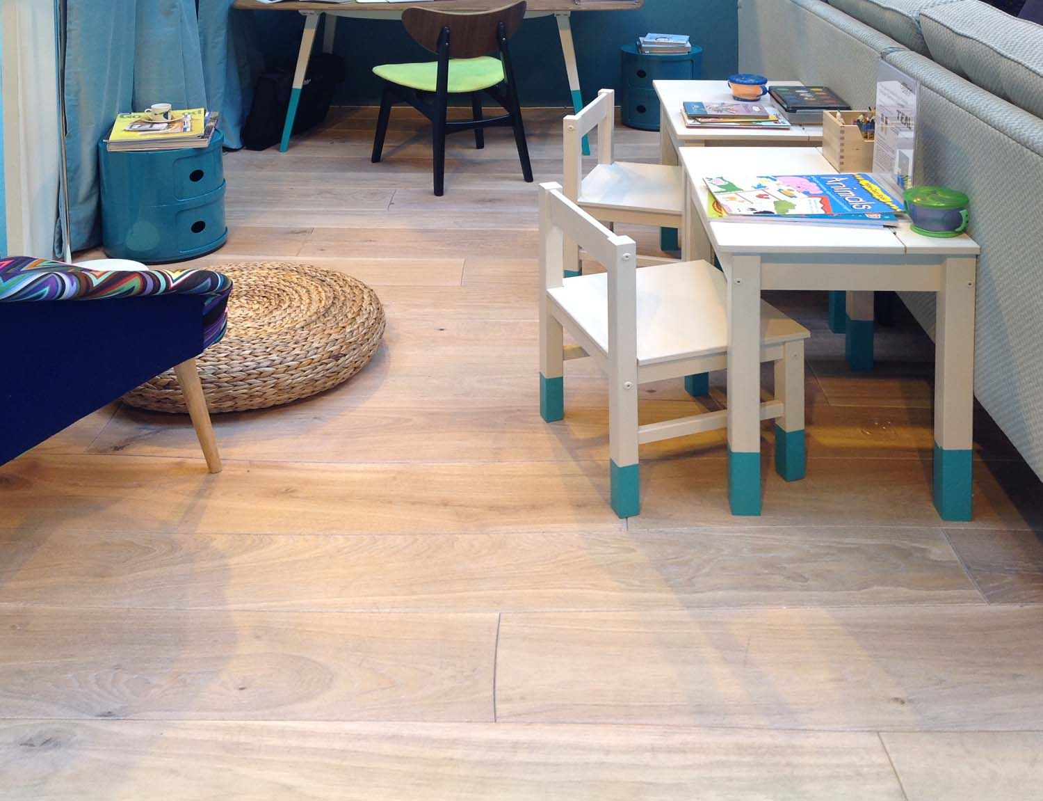 Bole's Curv8 Modular Wooden Floorboards In Kids Playroom