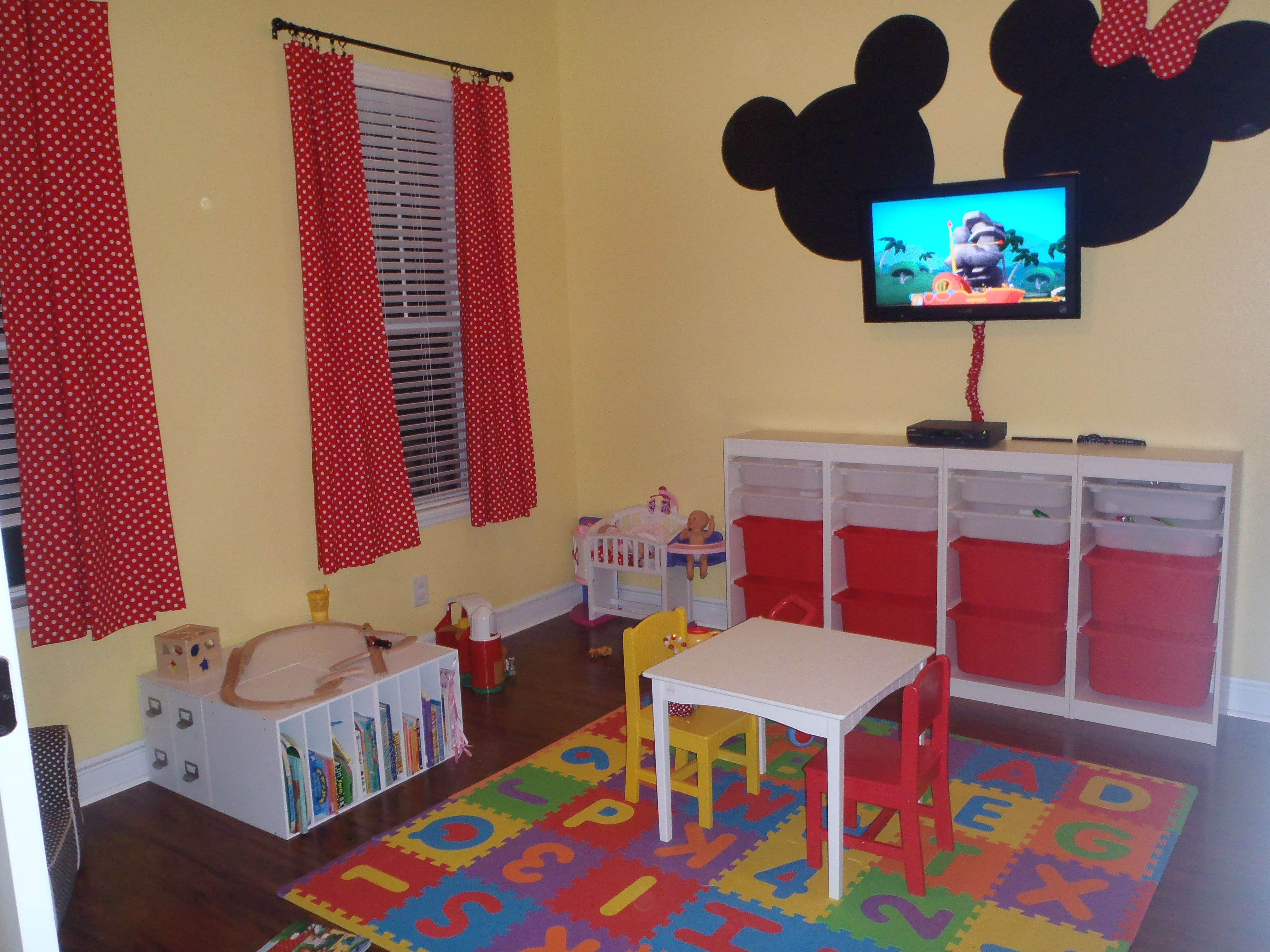 Minnie Mickey Mouse Playroom   Kid's Room   Mickey Mouse