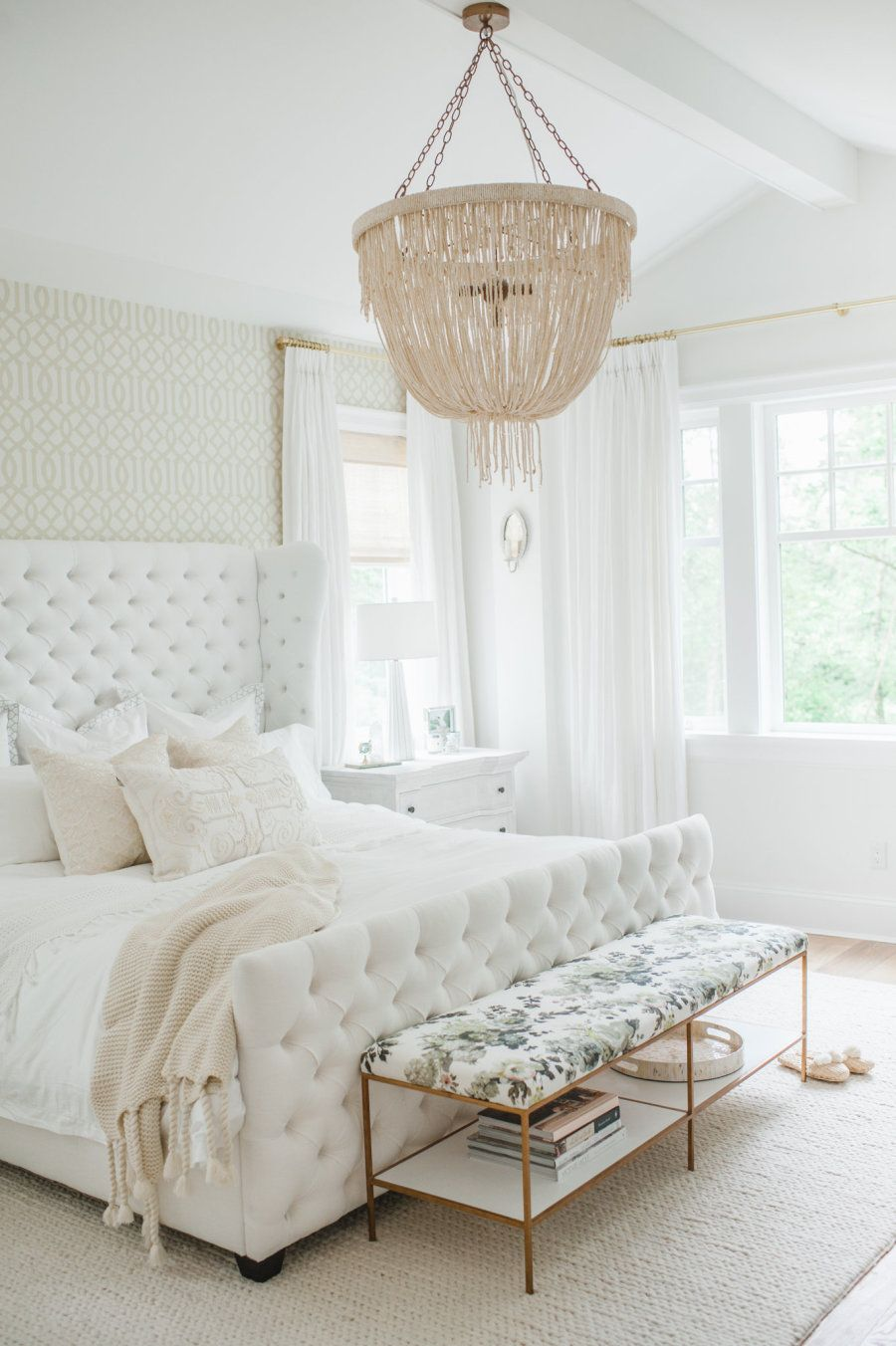 The Dreamiest White Bedroom You Will Ever Meet | Playroom