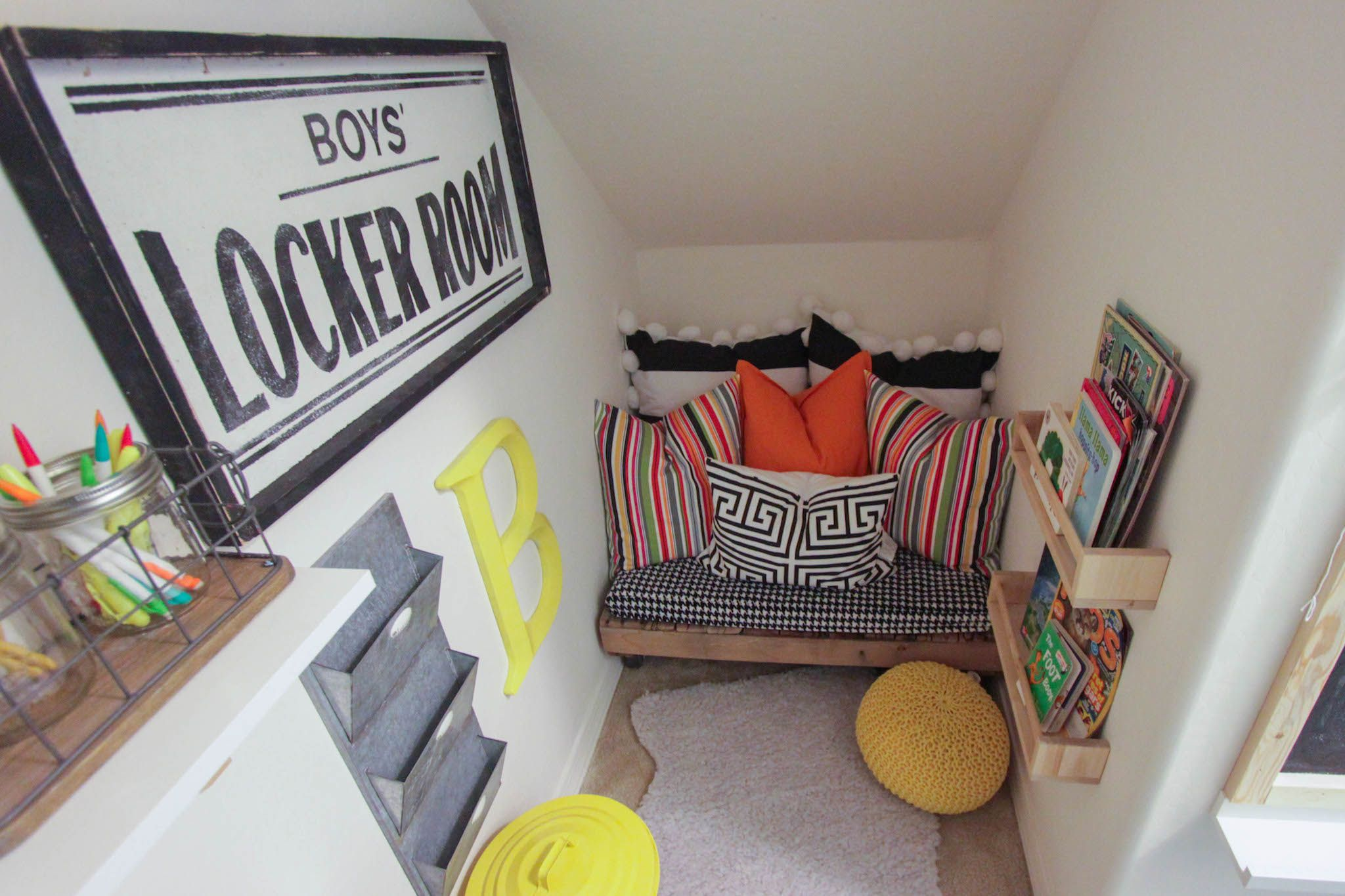 Under Stairs Closet Turned Into A Kids Playroom   Kids Craft - Kids