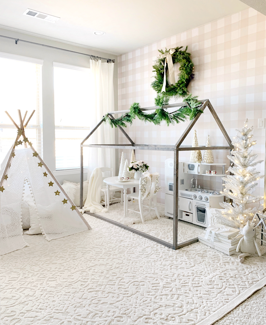 A Festive Holiday Playroom | Home Sweet Home | Trendy Bedroom